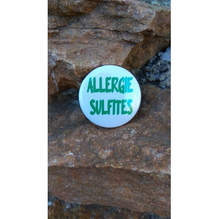 Badge *Super Allergique Rose*